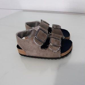 Adorable baby sandals!